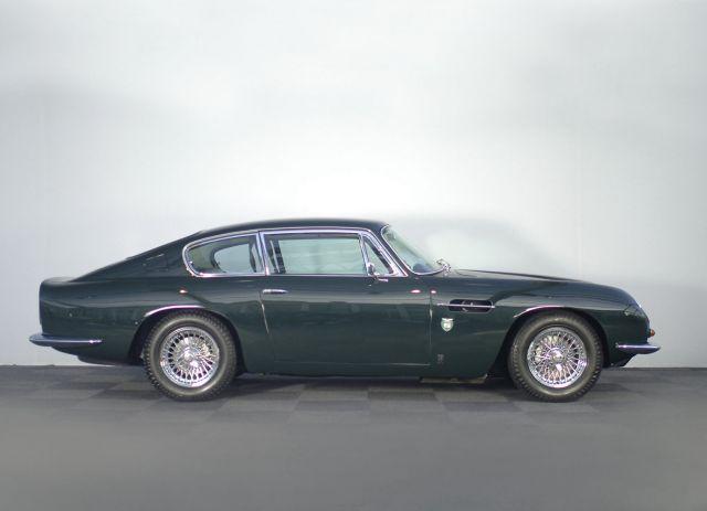 Колата на Принц Чарлз, която се движи с... джибри