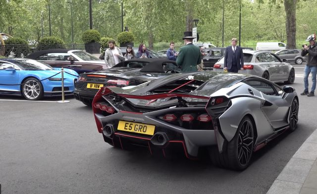 Lamborghini Sian предизвика хаос в Лондон (ВИДЕО)