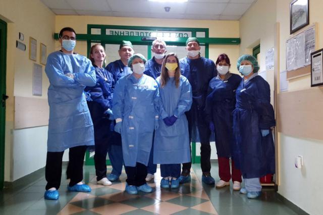 Тервел Пулев вече е на първа линия в борбата с коронавируса (ВИДЕО)