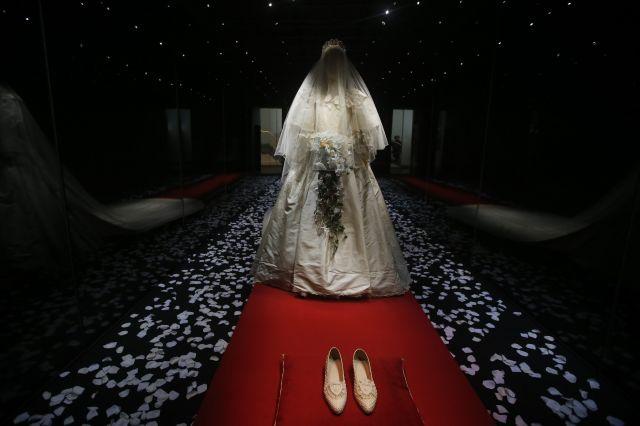 Пикантни разкрития за най-важния ден от живота на принцеса Даяна