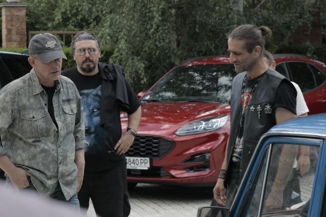 Впечатляващи автомобили и едно Жигули в нов български игрален филм