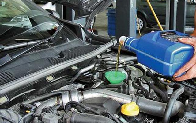 Защо е най-добре да се откажете от промивка на двигателя при смяна на маслото
