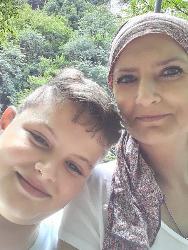 Зов за помощ: Млада майка има нужда от подкрепа, за да живее