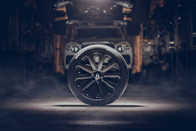 Най-големите карбонови джанти в света вече са достъпни за Bentley Bentayga