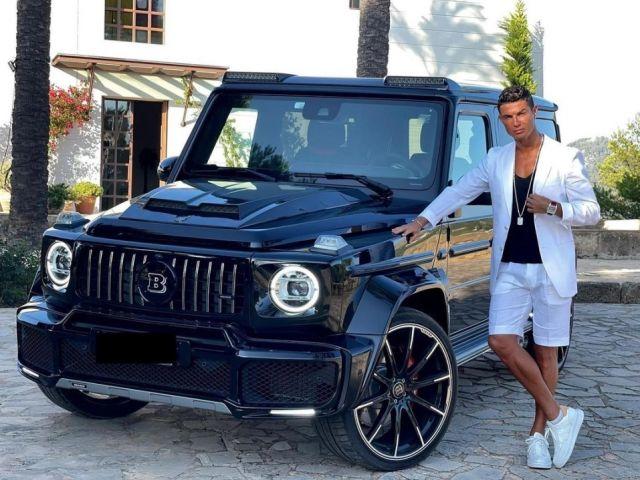 Кристиано Роналдо показа уникалната си G-Klasse