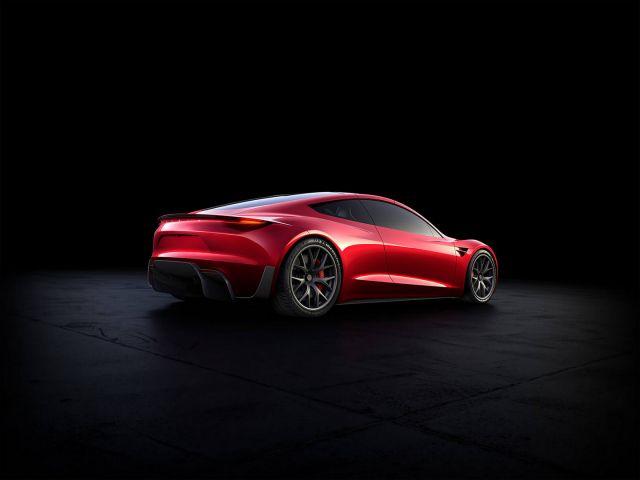 Доставките на Tesla Roadster се отлагат отново
