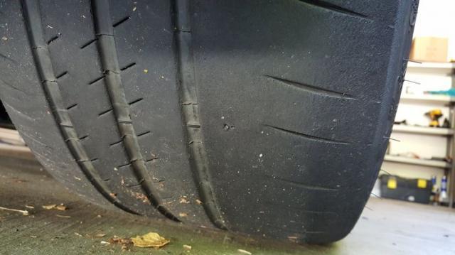 5 сериозни неизправности в автомобила, които могат да бъдат идентифицирани по износването на гумите