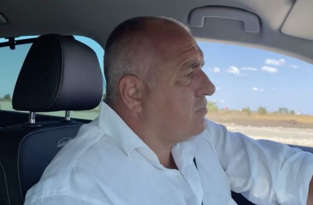 Бойко Борисов вече се вози с Skoda