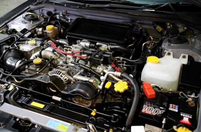 Продава се 22-годишно Subaru Impreza на цена пет пъти по-висока от тази на чисто нова Impreza