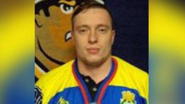 Пребиха спортист пред тоалетна, черепът му е счупен на две места