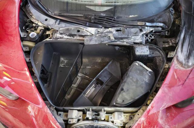Това Bugatti Chiron се продава за сума, осем пъти по-ниска от обичайната