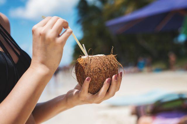 4 доказани ползи от кокосовата вода