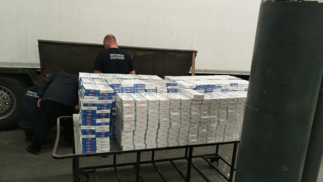 """На """"Капитан Андреево"""" откриха голямо количество контрабандни цигари"""