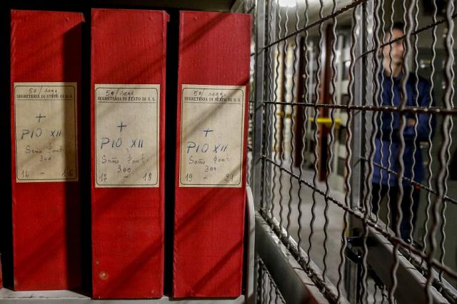 Ватикана разсекрети подробности за бягството на нацистите
