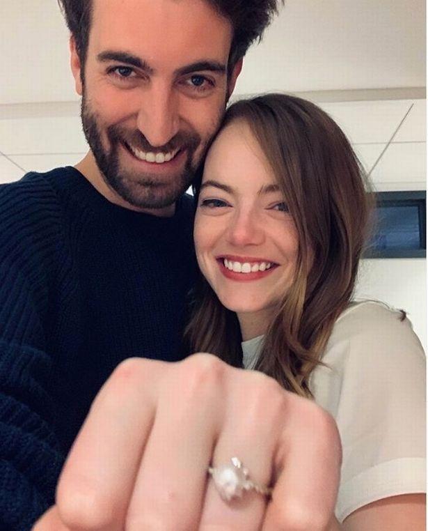 Ема Стоун се омъжи тайно за...