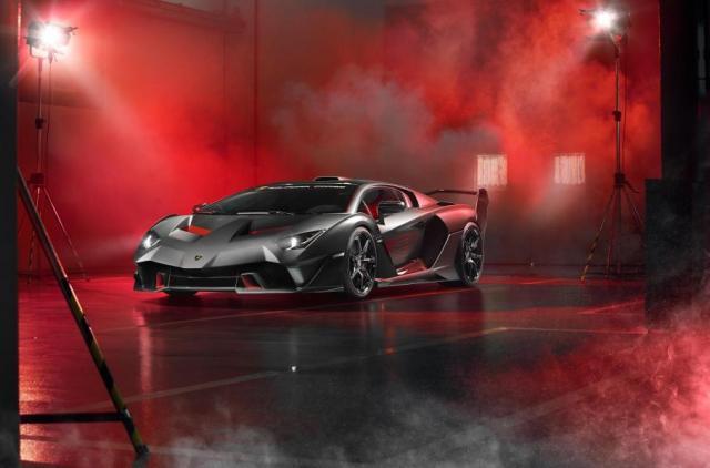 Ето го новото и последно атмосферно Lamborghini с V12 (ВИДЕО)