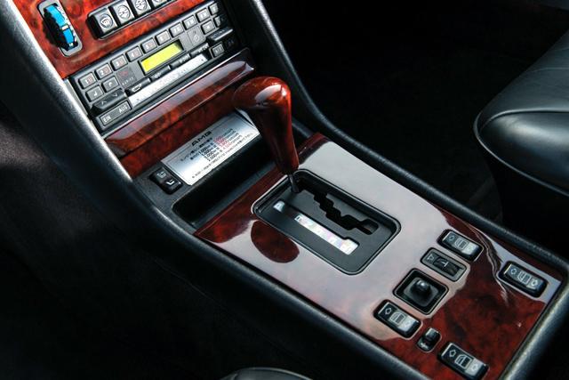 Продава се най-бързата S-Klasse на 80-те