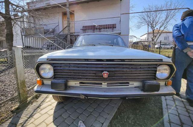 Идеалната 36-годишна Волга, която е стояла в гараж цял живот