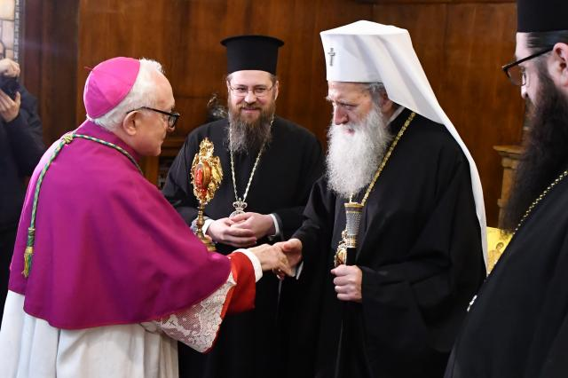 Патриарх Неофит получи мощите на Свети Климент Папа Римски и Свети Потит