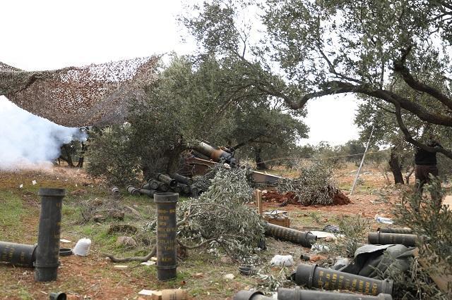 Десетки турски войници загинаха в сирийски удари в Идлиб