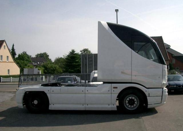 Някой да търси 14.6-литрово AMG?
