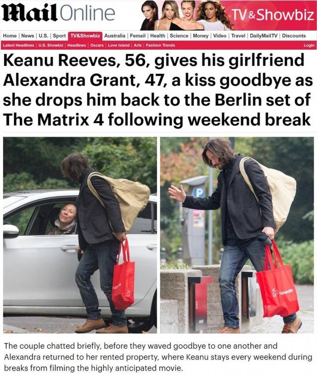 Папараци за пръв път уловиха Киану Рийвс и приятелката му в интимен момент