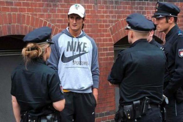 Задържаха бивш футболист с над 300 килограма наркотици
