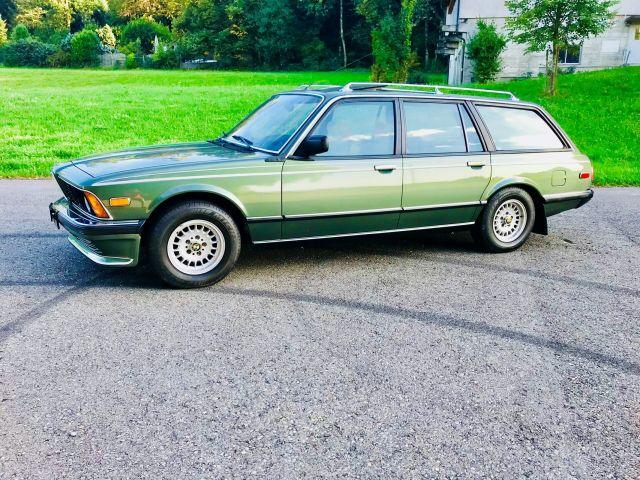 Някой да търси BMW 7er комби?