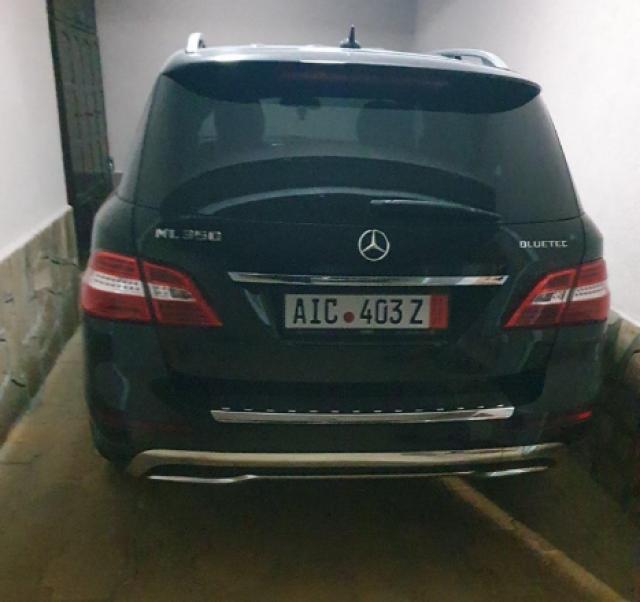 Задържаха циганин, лихварствал в Пловдив. Вижте автопарка му (СНИМКИ)