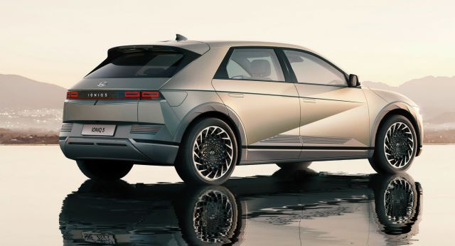Ioniq 5 ще оперира като автономно такси от 2023 година