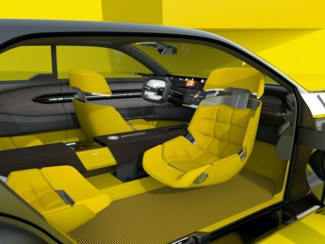 Renault направи плъзгащ се автомобил