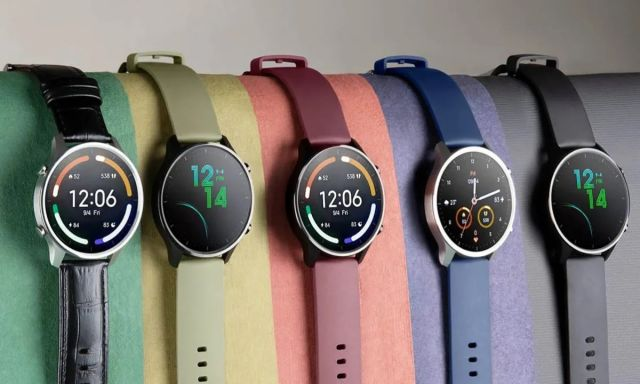 Xiaomi Mi Watch е смарт часовник, особено подходящ при спортуване