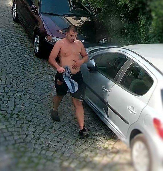 Стрелба в Пловдив! Мъж нахлу в офис, опита да задигне оборота (СНИМКИ)