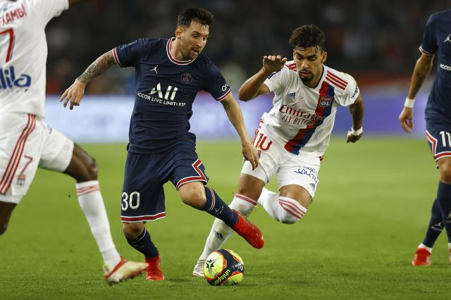 ПСЖ обърна Лион в добавеното време, Икарди носи победата за парижани