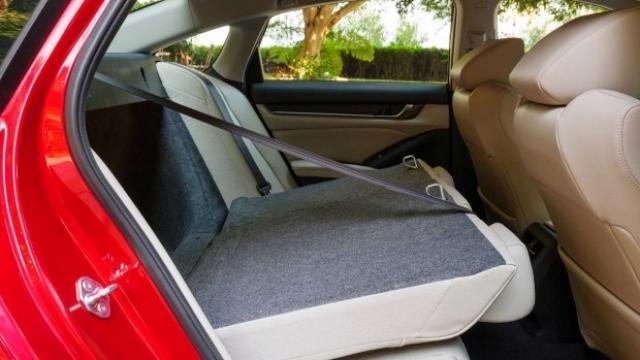 Ето я актуализираната Honda Accord