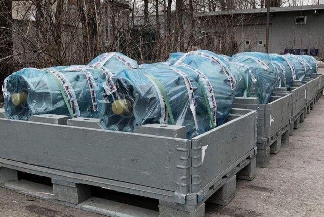 Сериен Aurus по пътя: първата партида скоростни кутии е готова