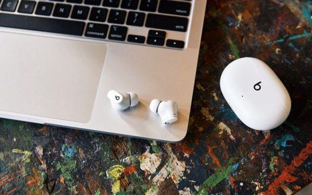 Apple Beats Studio Buds Безжични активни слушалки с шумопотискане за $ 150