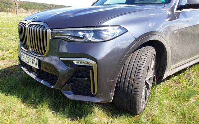 Тествахме най-мощното BMW Х7