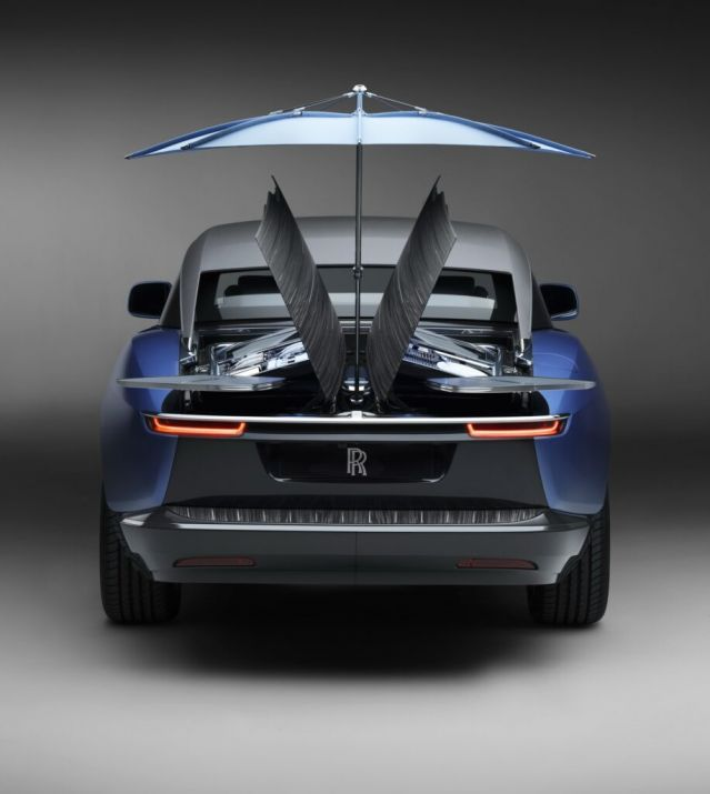 Ето кой купи най-скъпата нова кола в света