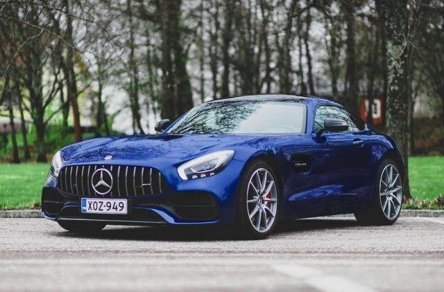 Валтери Ботас продава своя Mercedes-AMG GT