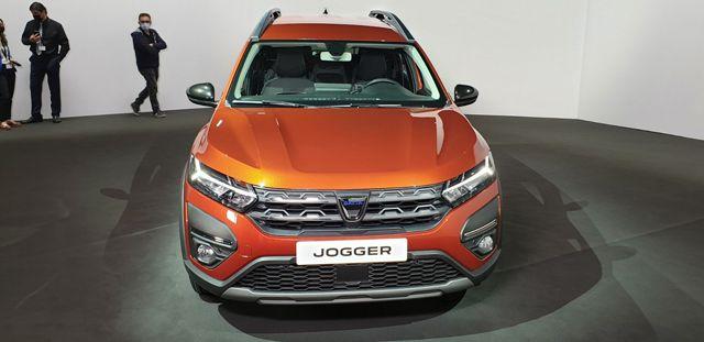 Запознайте се с новата Dacia Jogger - най-евтиният седемместен модел в Европа и у нас