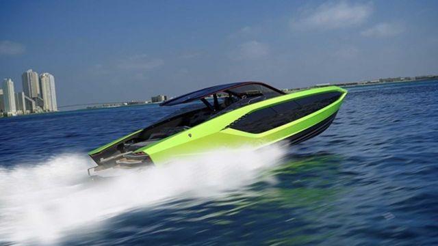 Конър Макгрегър с ново Lamborghini с мощност... 4000 конски сили