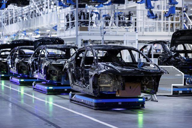 Започна производството на Mercedes EQS