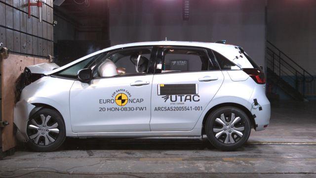 Колко безопасна е новата Honda Jazz?