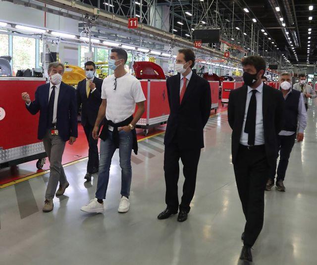 Вижте новата кола на Роналдо