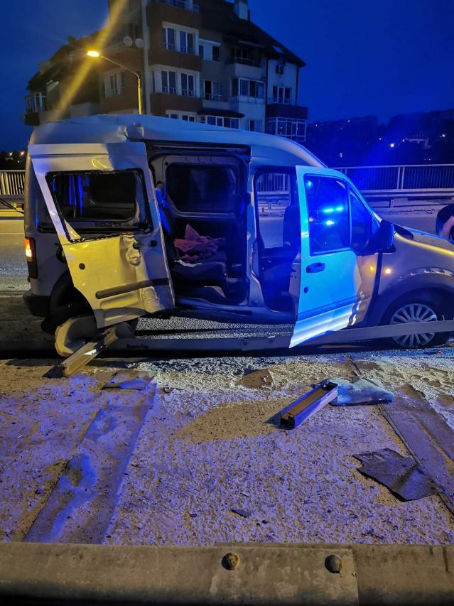 Катастрофата с двама загинали в Добрич е причинена от 14-годишен