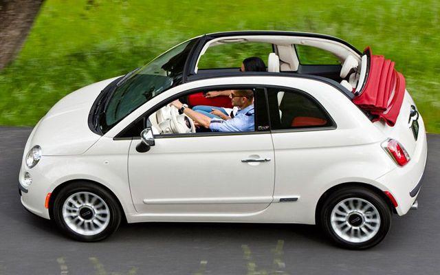 Три автомобила, които губят много от стойността си след три години
