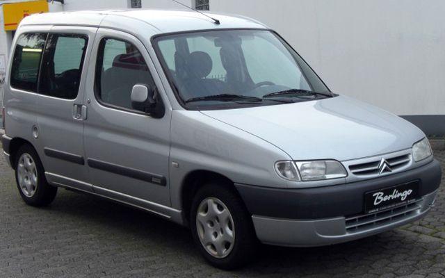 Легендарни автомобили от 90-те, които все още не се предават (ЧАСТ II)
