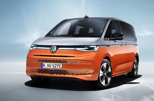 """Новият """"бус"""" на Volkswagen дебютира с хибридно задвижване и платформа от Golf"""