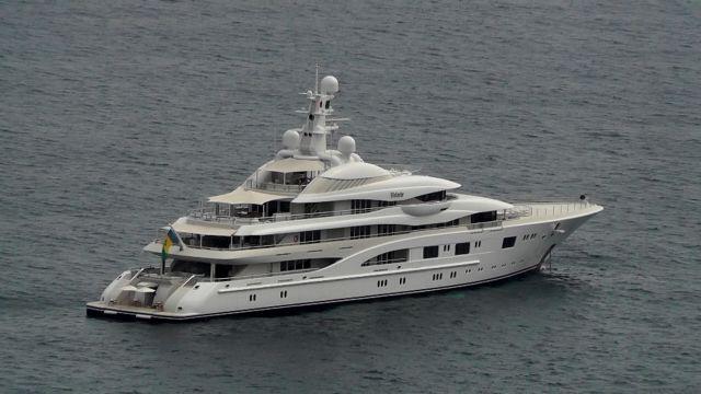 Вижте яхтата, за която Джей Ло и Бен Афлек плащаха над <p> млн. на седмица